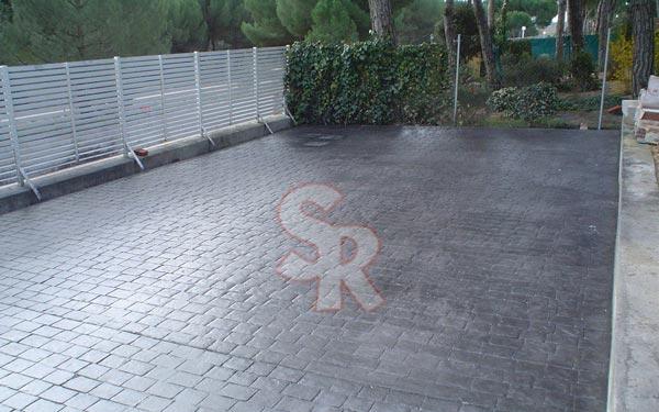Hormig n impreso suelo rustic for Quitar hormigon impreso